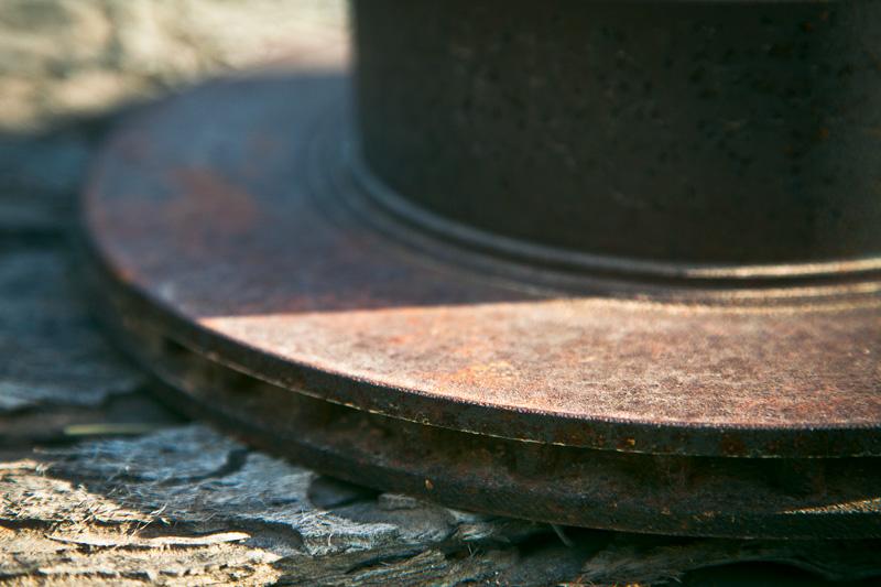 Metal machinery shaped like a hat.