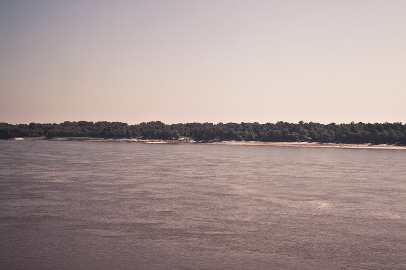 The Mississippi River seen from the Missouri side.